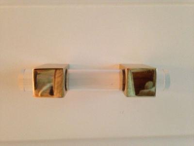 "SignatureThings.com Brass Hardware Modern Cube Lucite Cabinet Pulls - 3/4"" Dia"