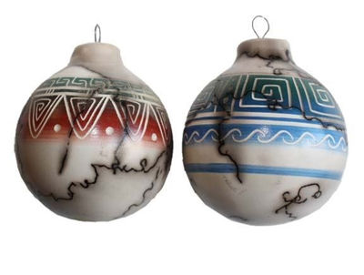 COLORBAND HORSEHAIR POTTERY ORNAMENTS