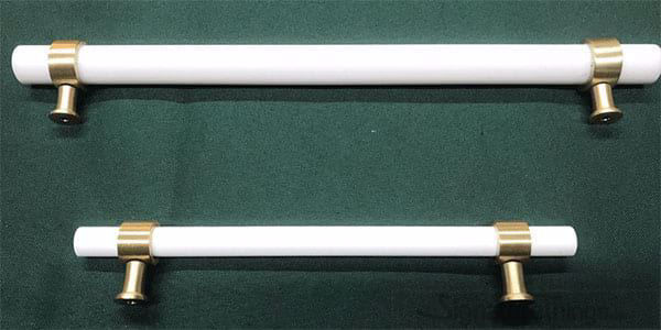 Plain Ring Cylindrical Post Lucite Pulls - 3/4