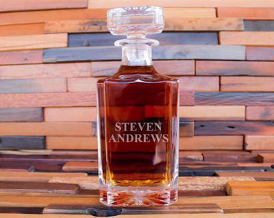 Personalized Whiskey Decanter  | Engraved Drinkware Gift Sets | Personalized Barware | Groomsmen Gifts | Christmas Gift Ideas | Best Men's Gifts | SignatureThings.com