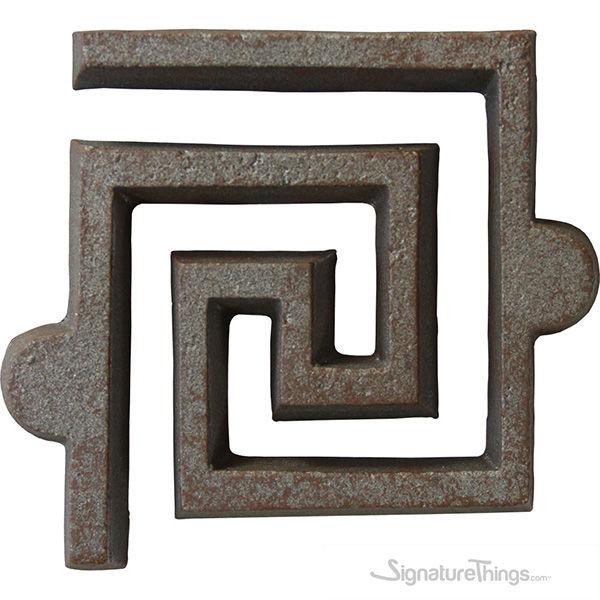 Maze Rosette [+$12.00]