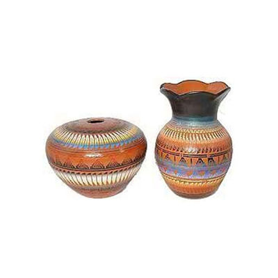ETCHED POTTERY 135 Navajo hand painted etchware pottery