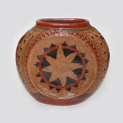 Navajo Wedding Basket pot by Ken and Irene White